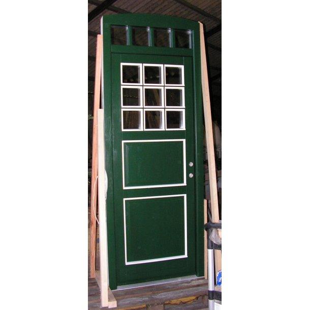 Facade Døre med integreret overparti. Fremstilles efter konkrete ønsker / drømme.