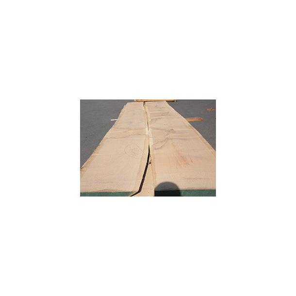 Bordplader fremstilles på mål i Europæisk Eg, FSC.