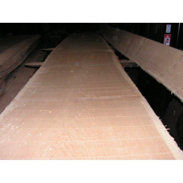 27 mm. Ege Planker. bredde 370 - 380 mm. FSC. Tørt 8-10 % fugt. Barkkant 1. Side